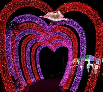 Taman Lampu Sindu Kusuma Edupark Terowongan Cinta
