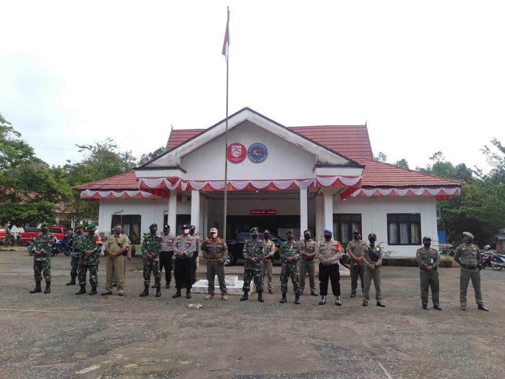 Polres Lamandau Bersama TNI dan Satpol PP Sosialisasikan Peraturan Bupati Lamandau No 73 Tahun 2020