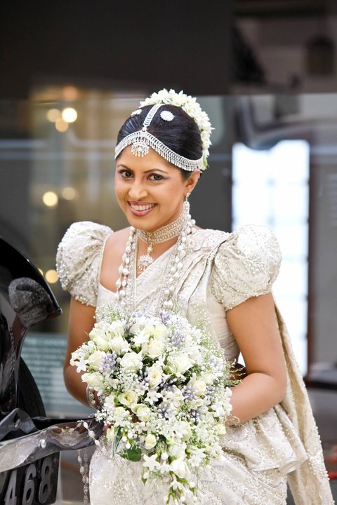 Sinhala Wedding Dress Photos Sri Lankan Wedding Photo