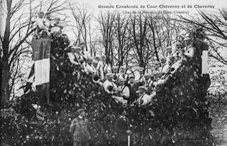 La Lyre de Chevernyy et Cour-Cheverny : une centenaire alerte