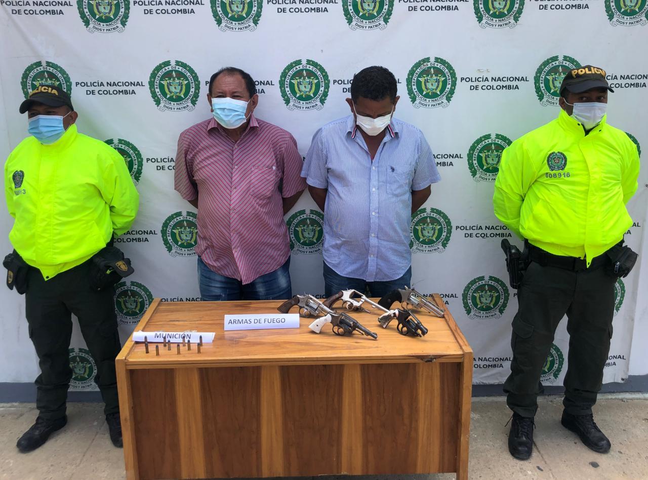 https://www.notasrosas.com/En Uribia: dos capturados con cinco armas de fuego