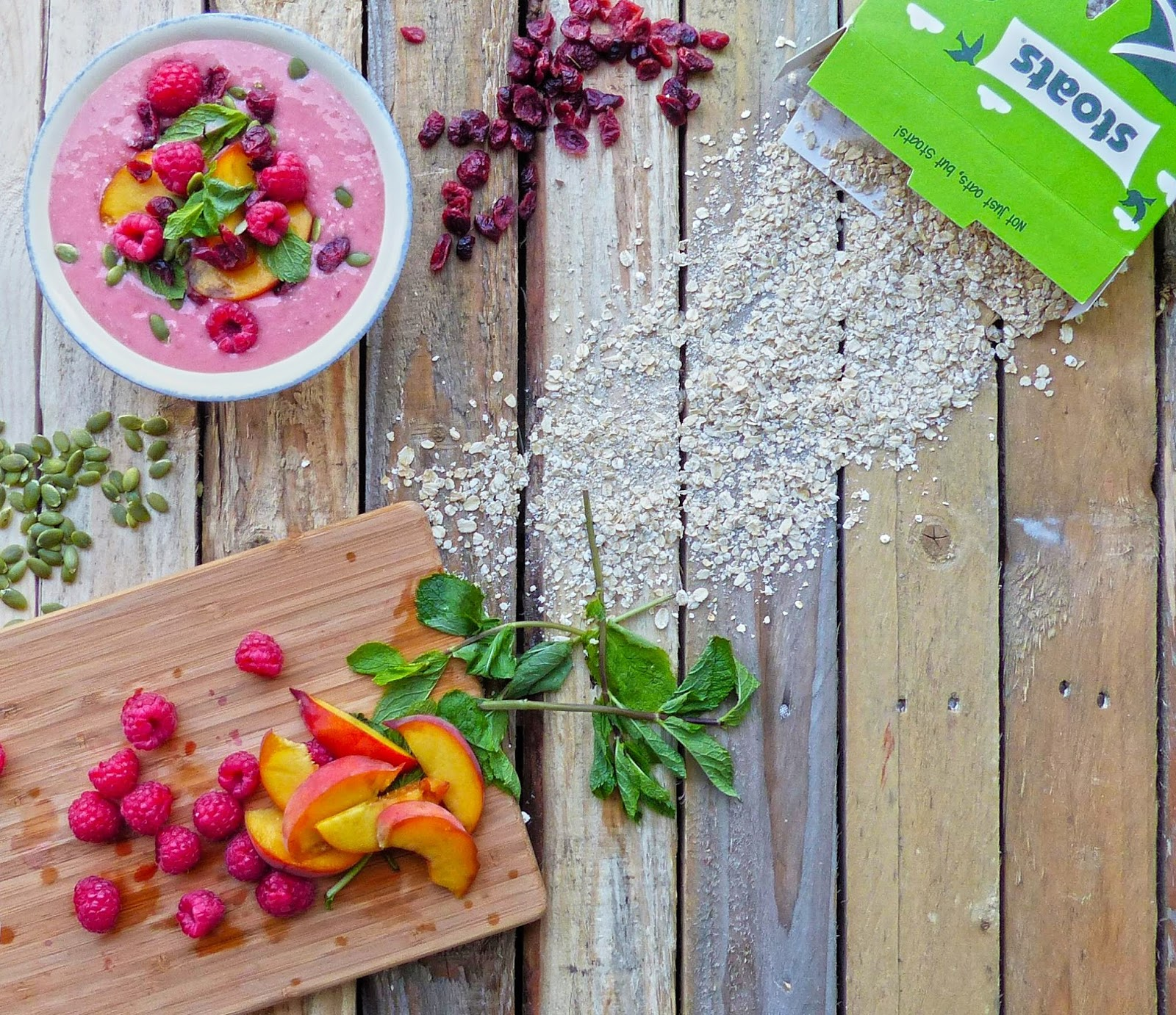 How To Make Oaty Peach And Raspberry Smoothie Bowl
