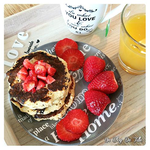 http://unblogdefille.blogspot.com/2016/05/recette-pancake-healthy-flocons-davoine.html