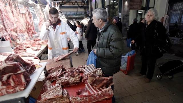 2,2 εκατ. αρνιά και κατσίκια κατανάλωσαν οι Έλληνες το Πάσχα