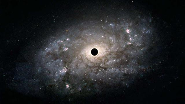 Mengapa Galaksi Tidak Terhisap Lubang Hitam?