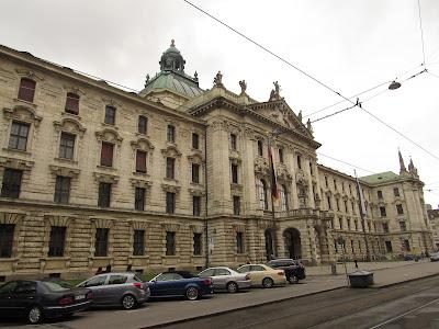 Old Justizpalast Munique Baviera Alemanha O que ver