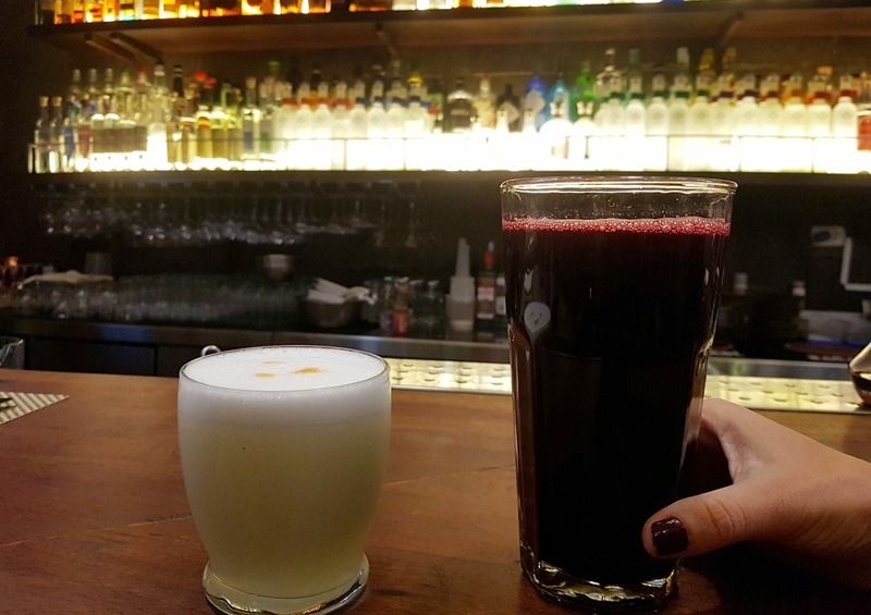 Bebidas típicas do Peru: Pisco Sour e Chicha Morada