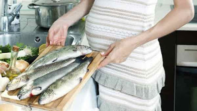 Benefits and risks of eating Seafood during pregnancy