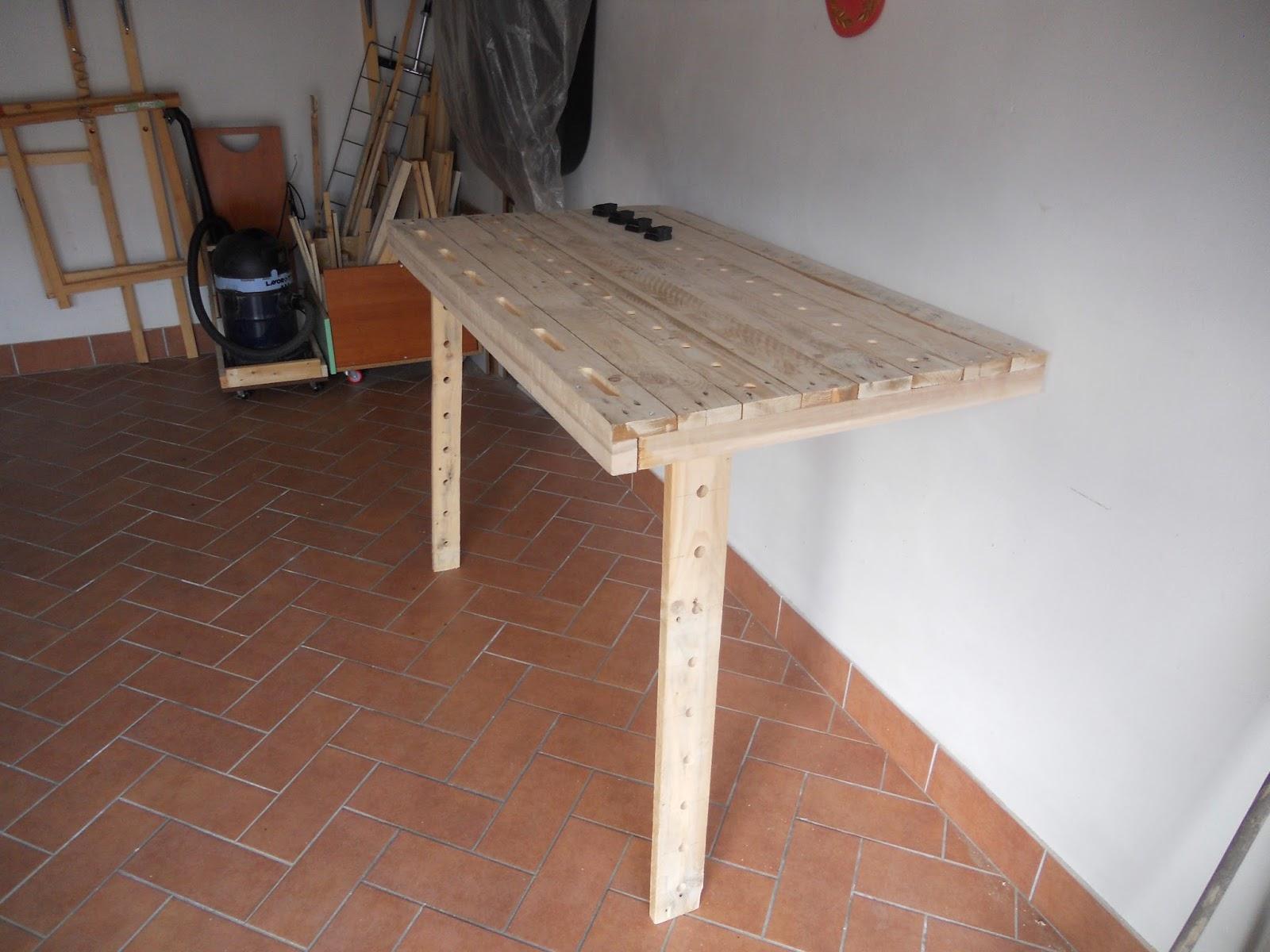 Fai da te no alpitour costruzione tavolo da lavoro pieghevole a muro - Tavolo da lavoro pieghevole ...
