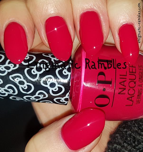 Swatch-OPI-All-About-the-Bows