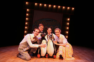 Cast of Mr Popper's Penguins with 2 puppet penguins