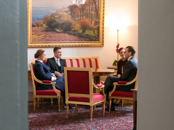 Crown Princess Victoria and Prince Daniel met with Estonia's Prime Minister Taavi Rõivas his wife Luisa Värk. Princess Victoria wore red cape coat