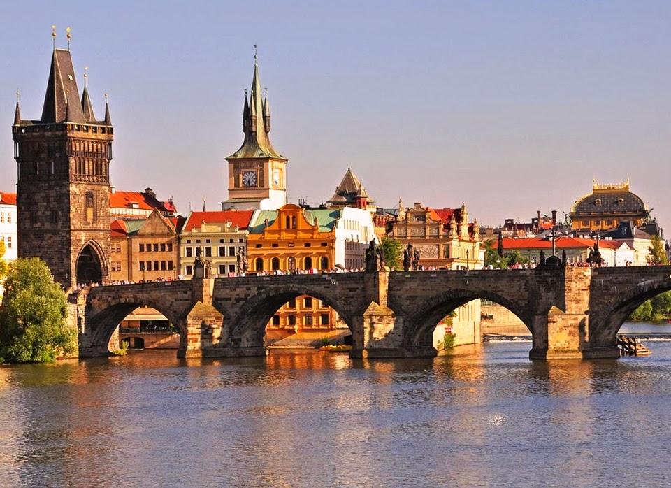 Ponte Charles Bridge em Praga