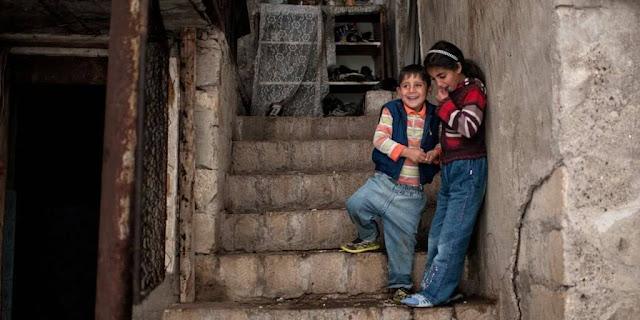 Armenios aprueban ley para proteger a los niños de la trata