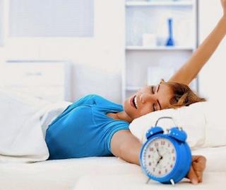Tak Hanya Nikmat, Ini Manfaat Ngulet Saat Bangun Tidur