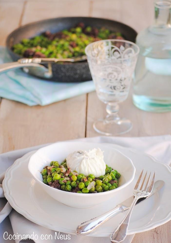 Cocinando con neus guisantes con morcilla de burgos y for Cocinando 1000 huevos