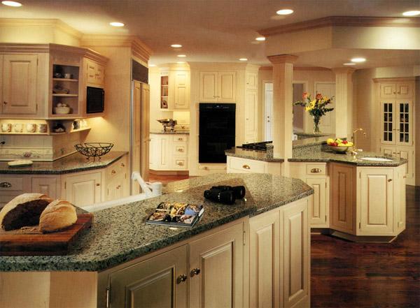 Encimeras de granito y muebles de madera para la for Muebles de cocina en madera de pino