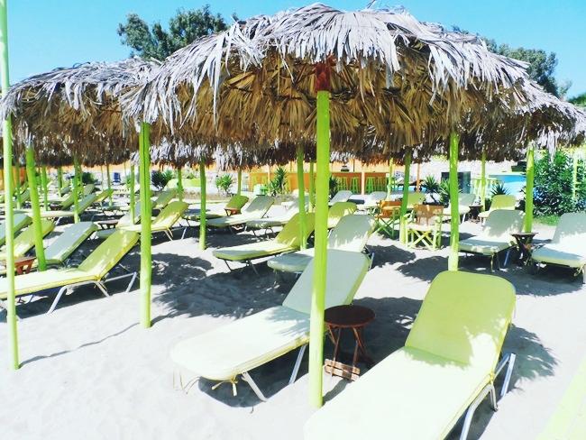 Viva Punda letnji klub na plazi na ostrvu Paros