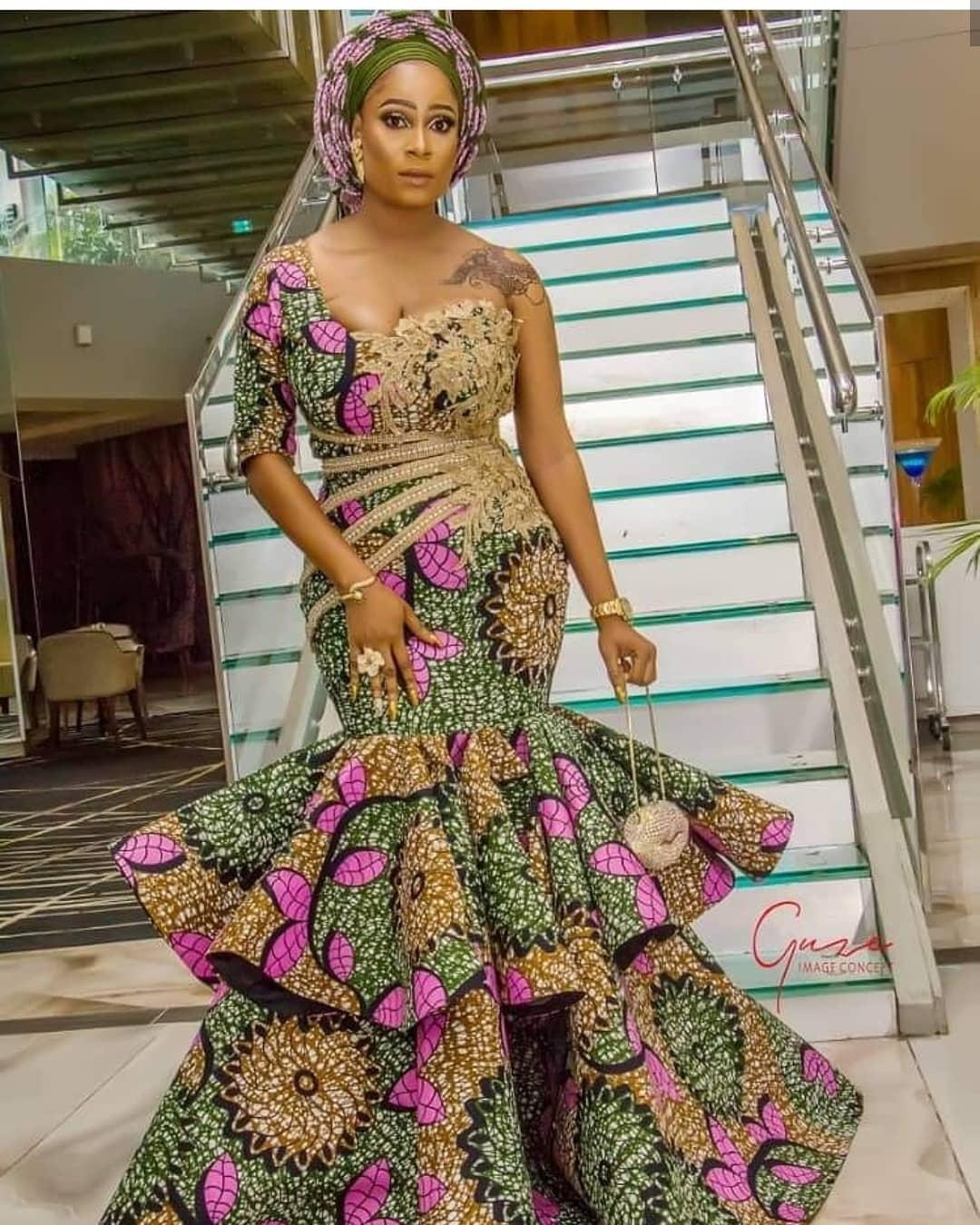 2019/2020 Ankara Styles : Beautiful Ankara Long Gown Design