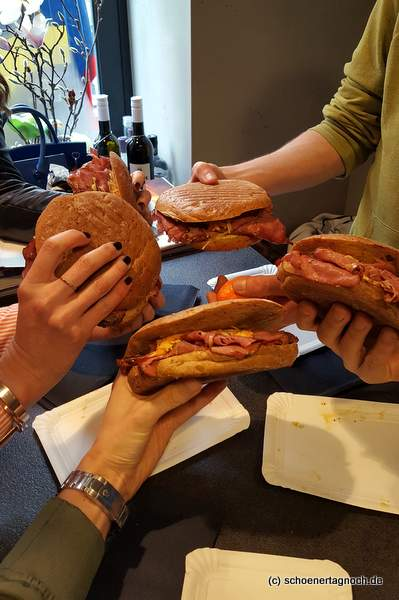 Pastrami-Sandwich in der Metzgerei Brath in Karlsruhe