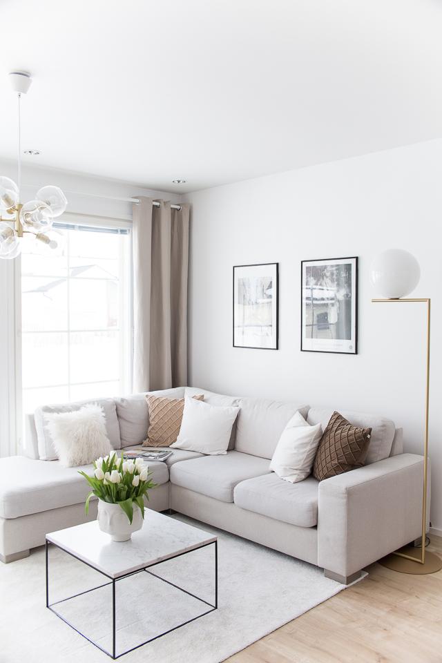Villa H, sisustusblogi, olohuone, sisustus, kodin sisustus, julistetaulu