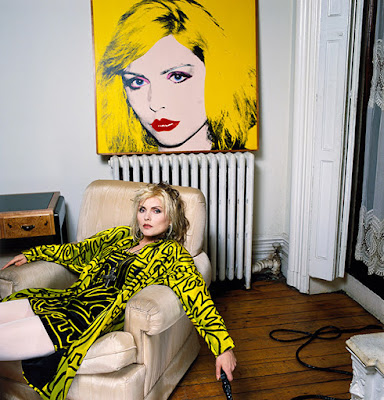 Debbie Harry, New York Apartment with Warhol Portrait, 1988. © Brian Aris