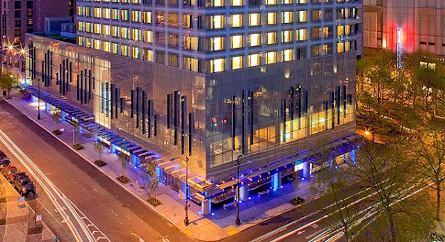 Founded on a commitment to conservation and inspiring guest experiences, Hyatt at Olive 8 redefines eco-friendly hospitality in downtown Seattle.