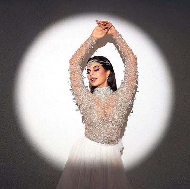 Actors Gallery: Jacqueline Fernandez Joyful Looks Pictures