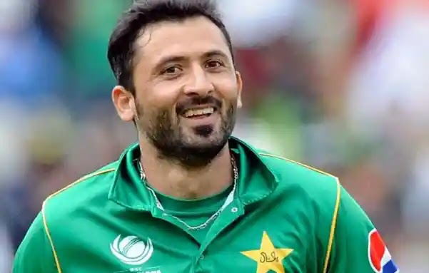 Former Fast Bowler Junaid Khan Points Out The Favoritism in National Team