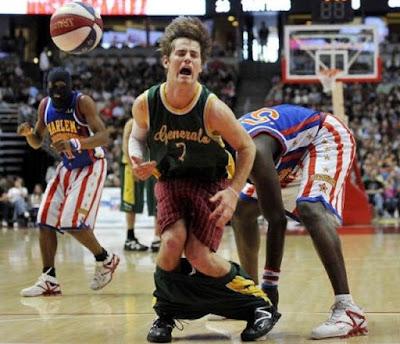 Momen Lucu basket