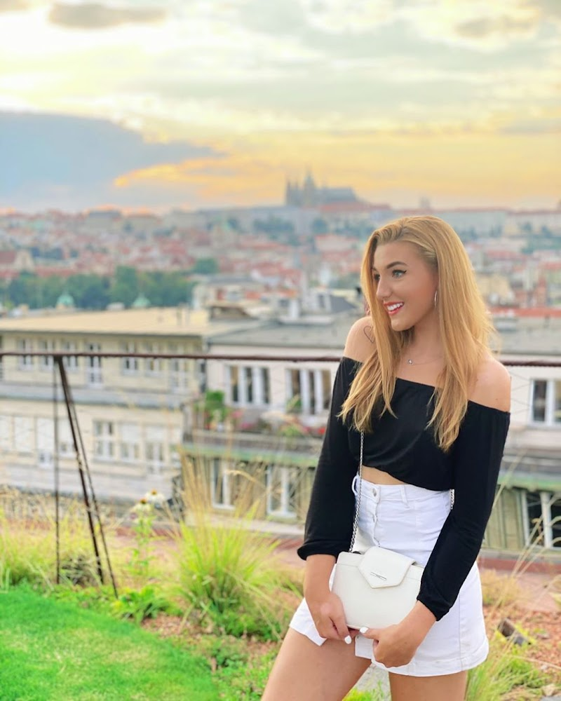 Veronika Spurna Instagram Clicks -2020