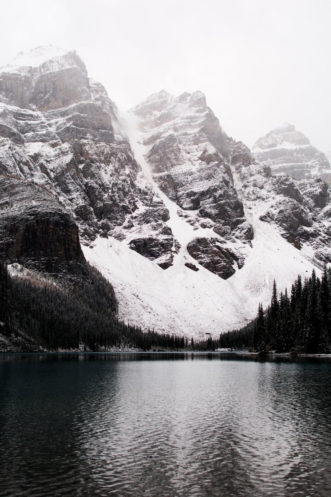 Moraine Lake Banff National Park Hiking Expedition