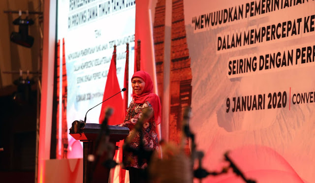 Gubernur Khofifah dalam Rapat Koordinasi dan Sinergi Penyelenggaraan Pemerintahan Tahun 2020