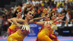 Tari Pendet asli Bali Indonesia