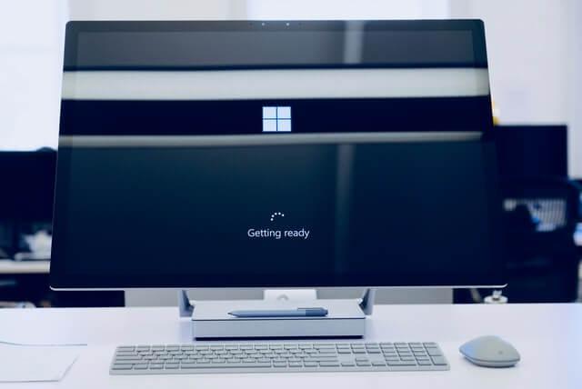 windows updates, computer, monitor