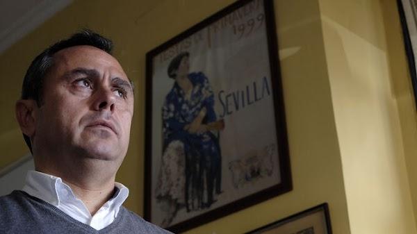 Ricardo Suárez será el autor del cartel del Vía Crucis de las Cofradías que presidirá el Cristo de la Corona