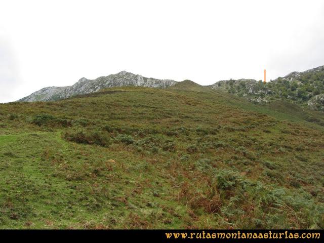 Ruta al Cabezo Llerosos desde La Molina: Subiendo hacia los Retraites