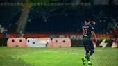 ويغيب نيمار عن مواجهة باريس سان جيرمان امام فريق برشلونة في دوري أبطال أوروبا بسبب الإصابة