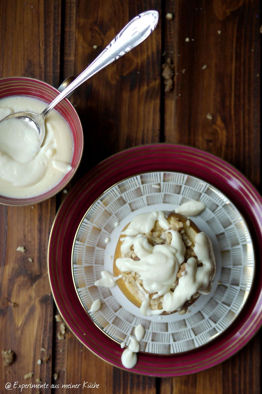 Experimente aus meiner Küche: Bratäpfel mit Spekulatius-Cheesecake-Füllung und Marzipansahne