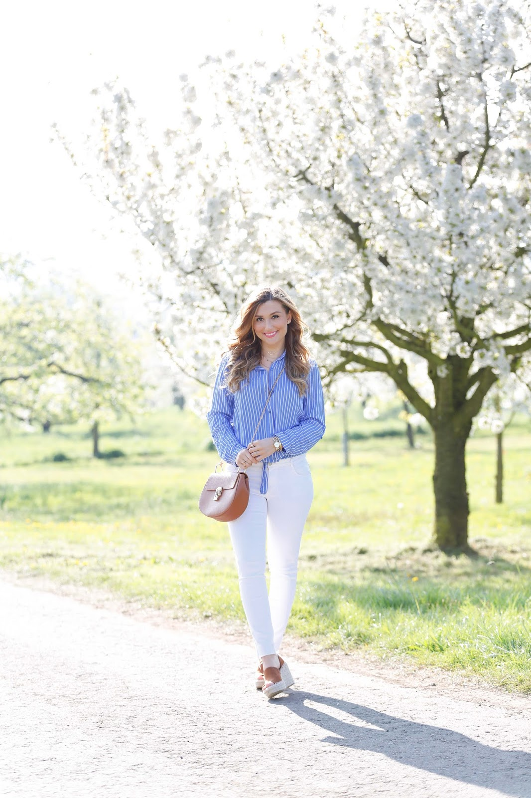 wedges-schuhe-braun-lookalike-chloe-just-fab-schuhe von Justfab-german-fashionbloger-deutscheblogger