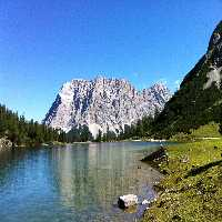 FunEscapeGames - Lake Mou…