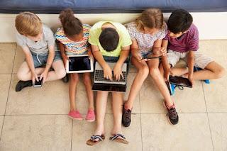 Bekali 9 Petunjuk Ini Agar Anak Aman di Media Sosial