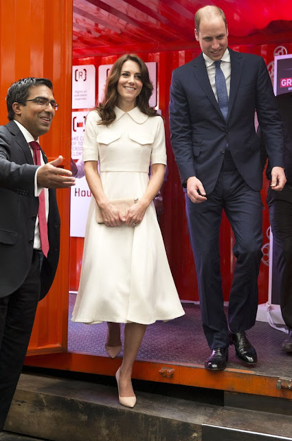 Prince William, Duke of Cambridge and Catherine, Duchess of Cambridge meet young entrepreneurs during a visit to Mumbai on April 10, 2016 in Mumbai, India.