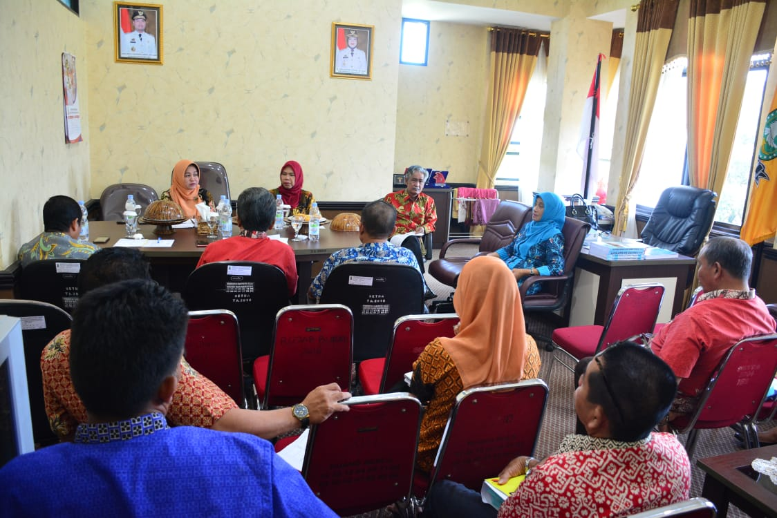 Wabup Sinjai Pimpin Rapat Koordinasi Pengendalian Inflasi Daerah, Ini Arahannya