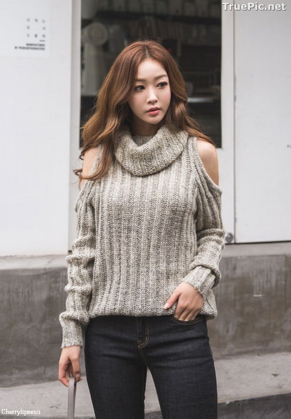 Image Korean Fashion Model - Ji Hyun - Casual Outdoor Collection - TruePic.net - Picture-1