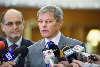 Románia, parlamenti választások, Dacian Cioloș, Klaus Iohannis