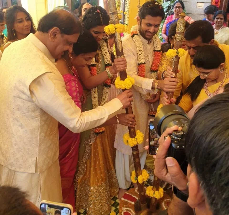 hero-nithiin-engagement-pics