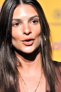 Model Emily Ratajkowski