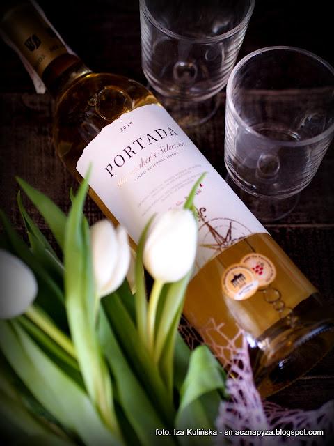 wino_biale_portada
