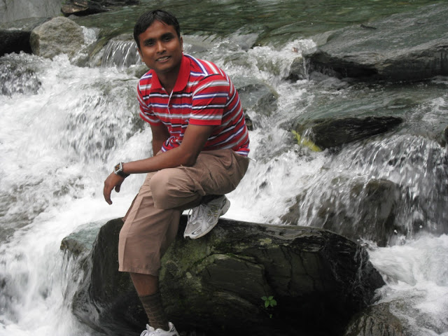 water fall in mcleodganj